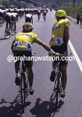 STEPHEN HODGE AND NEIL STEPHENS IN THE 1994 VUELTA A ESPANA