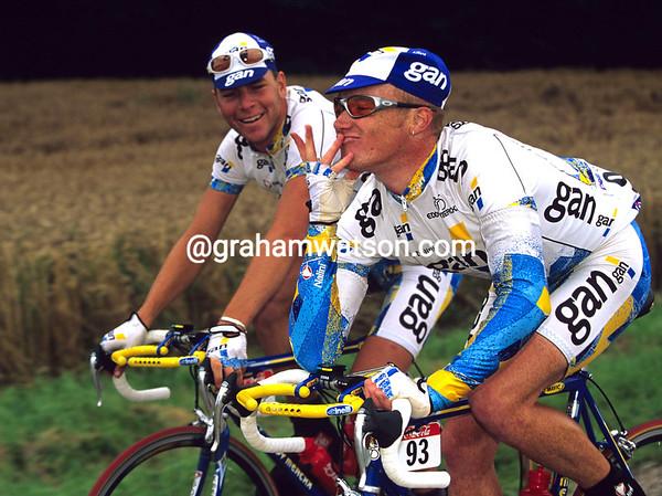 STUART O'GRADY AND HENK VOGELS IN THE 1997 TOUR DE FRANCE