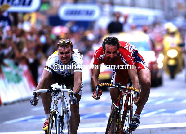 STUART O'GRADY WINS A STAGE OF THE 1999 TOUR DE FRANCE