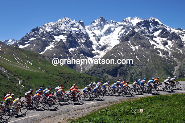 The 2009 Dauphine-Libere climbs the Col du Galibier
