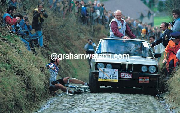 Jesper Skibby falls on the Koppenberg in the 1988 Tour of Flanders