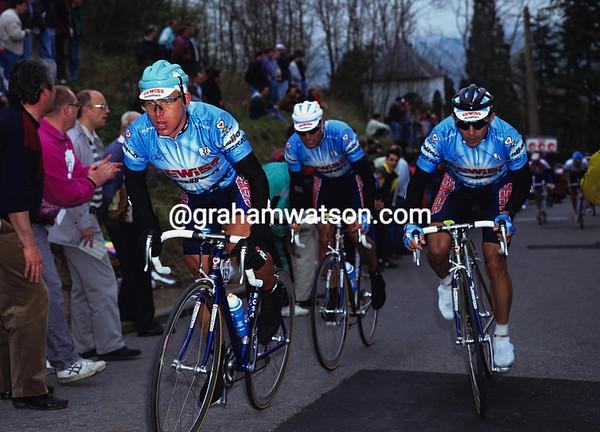 EVGENI BERZIN, GIORGIO FURLAN AND MORENO ARGENTIN START THEIR INFAMOUS WINNING ATTACK IN THE 1994 FLECHE WALLONNE