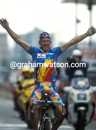 Johan Museeuw wins the 1996 World Championship in Lugano, Switzerland