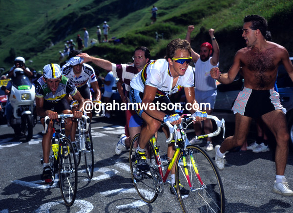 Hot Stuff - Greg Lemond leads Marino Lejarreta and Miguel Indurain to Luz-Ardiden in 1990