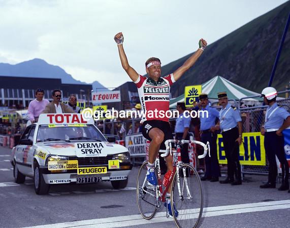 Norwegian Great - Dag-Otto Lauritzen wins a stage to Luz-Ardiden in 1987