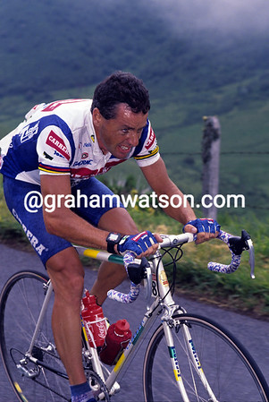 A Happy Exit - Stephen Roche powers away to his last-ever Tour stage-win at La Bouboule in 1992.