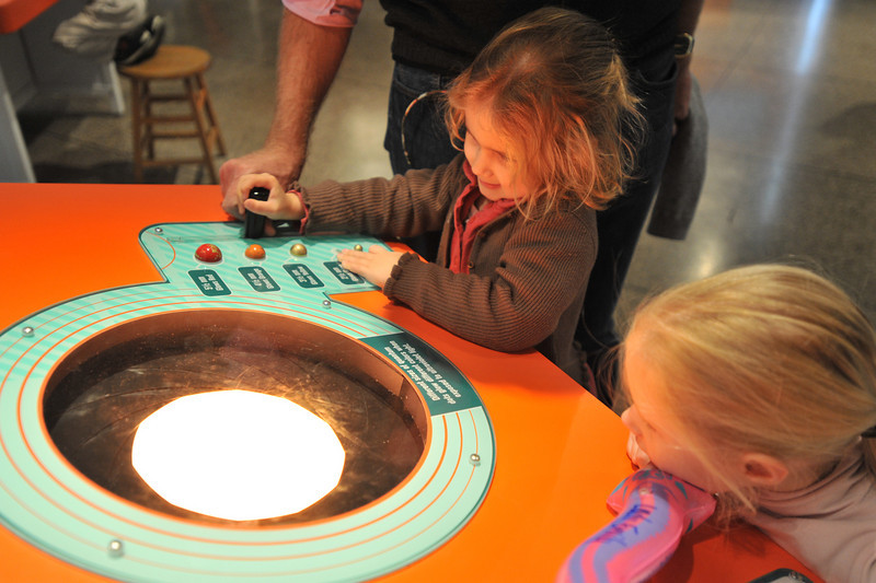 Nanotechnology exhibits, 2010 version 1 at Museum of Science, Boston MOS NanoDays 2010, version 1 Exhibits