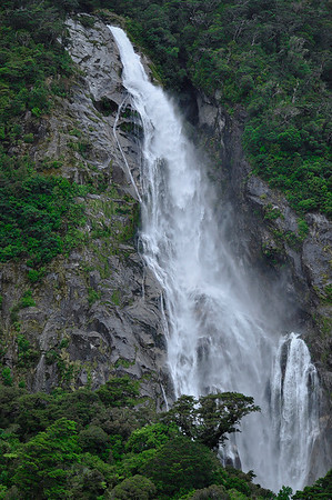 allie_porter-new_zealand_waterfall