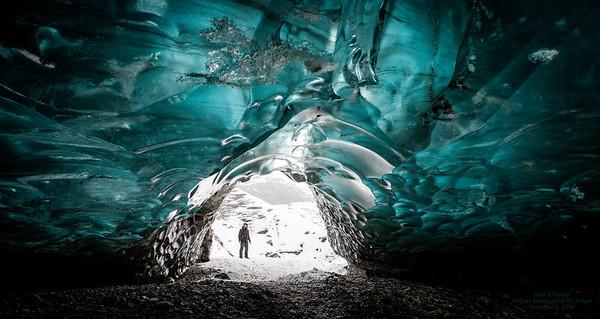 Ice Cave in Vatnajokull NP   5 frame HDR