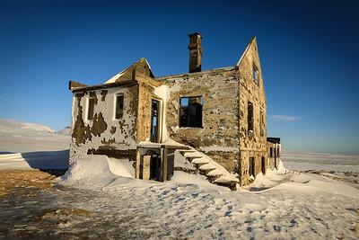 Abandoned home near Budir Hamlet