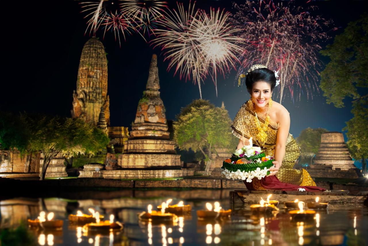 Visit Thailand November, Loy Krathong Festival