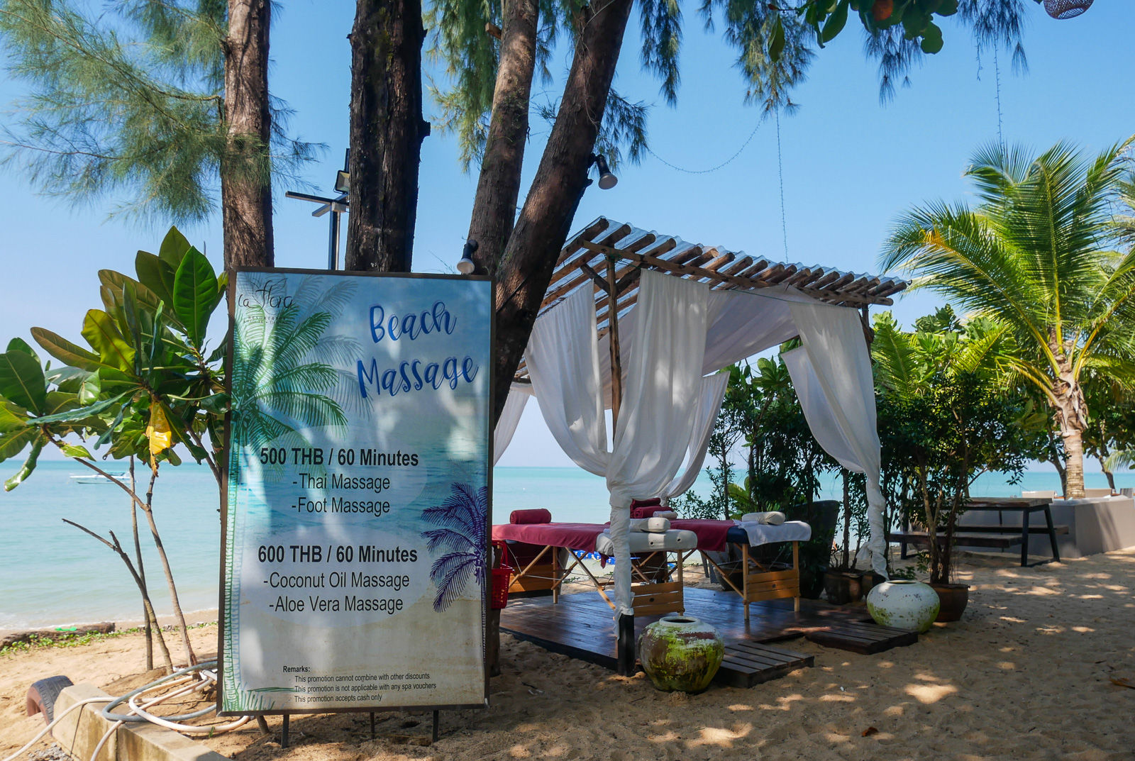 Beach massage, Khao Lak