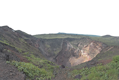 The main crater of  Mihara yama 三原山 on Oshima 大島 island (from 3 portrait shots handheld).