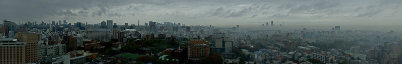 November 19th, 2011 09:00 AM. The beauty of a grey day! Stitched from 15 portrait shots a f=75mm, handheld.