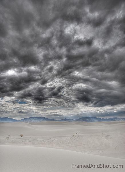 <strong><center>White Sands National Monument - in Topaz