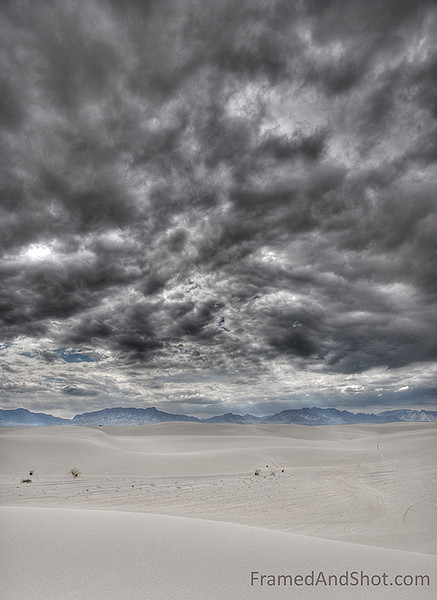 <strong><center>White Sands National Monument - in Topaz