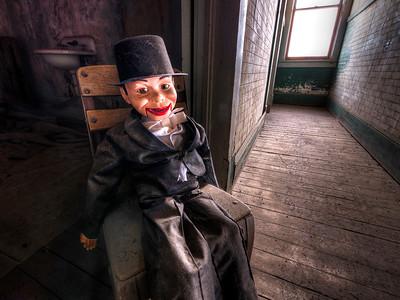 Charlie in Haunted Hallway