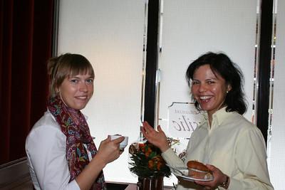 Tineke en Gabriella.