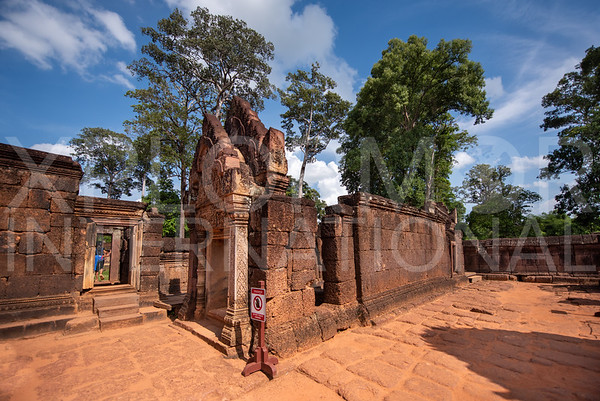 Shrine at Banteay Srei