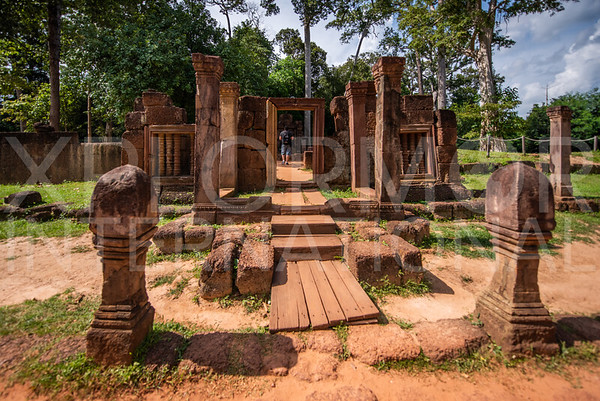 Vishnu Shrine at Banteay Srei