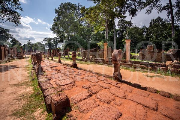 Eastern Causeway at Banteay Srei