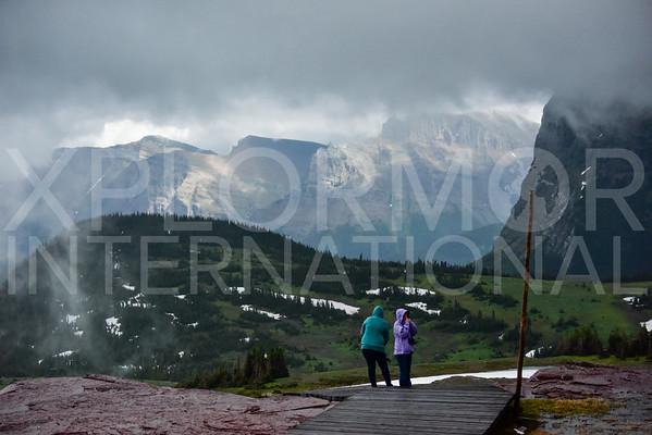 Mountain Views from Hidden Lake