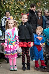 ES - Halloween Parade-2015-17