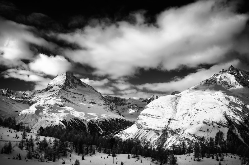 Monochrome mountains