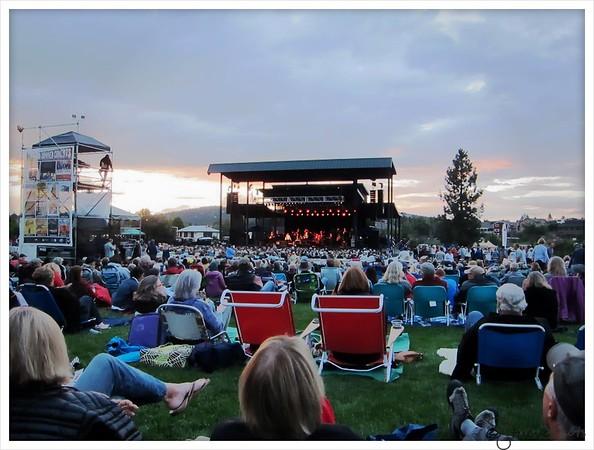 Lyle Lovett Concert 2015
