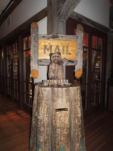 Mail Bear | Paradise Inn - Mount Rainier