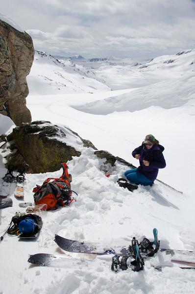 Lunch break on the appraoch to Sky Top glacier