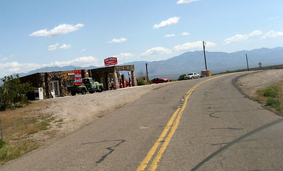 "Wow! This brings back memories! An old ""service station"" on the side of Route 66"
