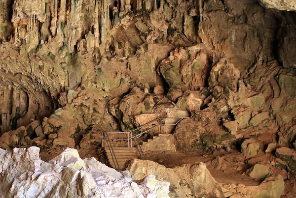 Caves 044.jpg