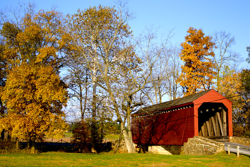 Loys Station Covered Bridge, located near the small towns of Loys, Rocky Ridge, and Graceham.  Maryland.  October 2006