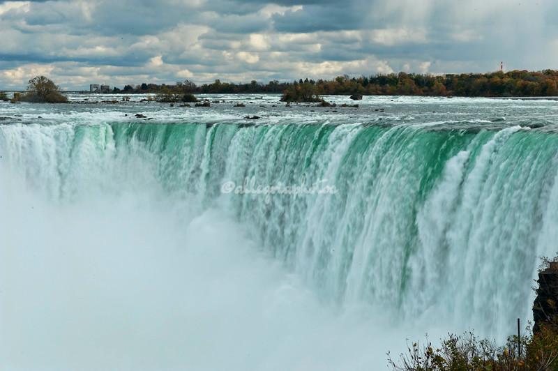 NIagara Falls. Horseshoe Falls taken from the Canadian side.
