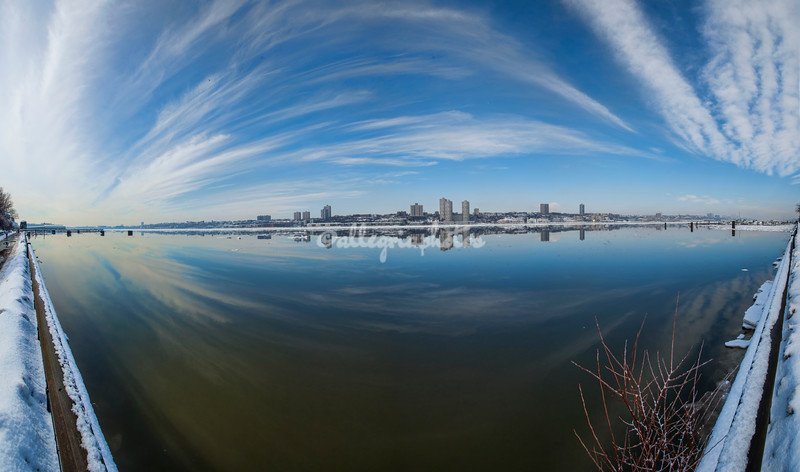 An icy Hudson River - wide angle panorama