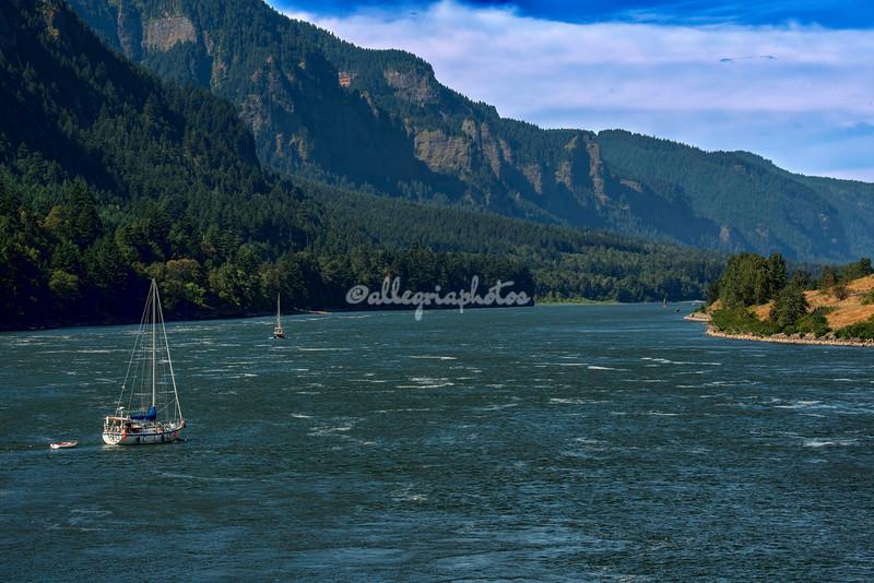Cascade Locks, Columbia River Gorge, Oregon