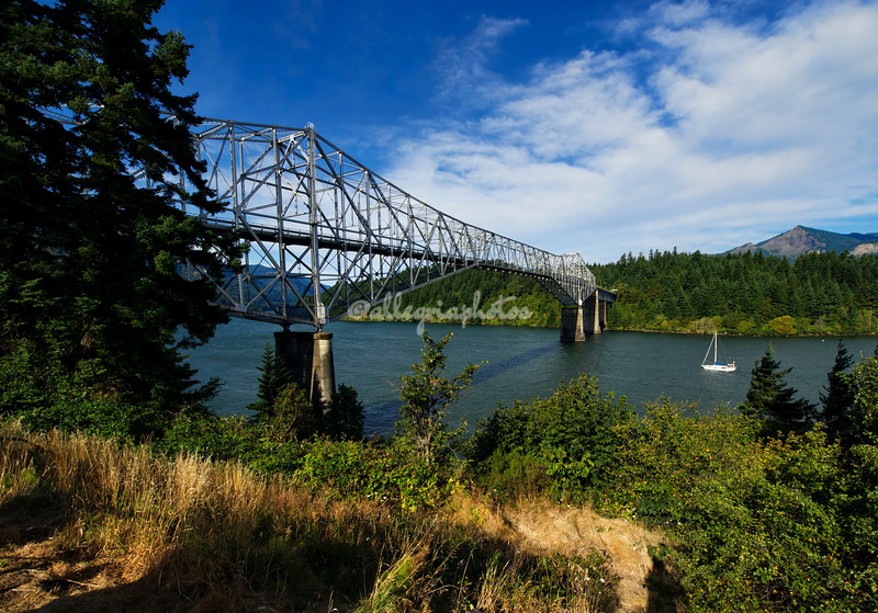 Bridge of the Gods, Columbia River, Oregon