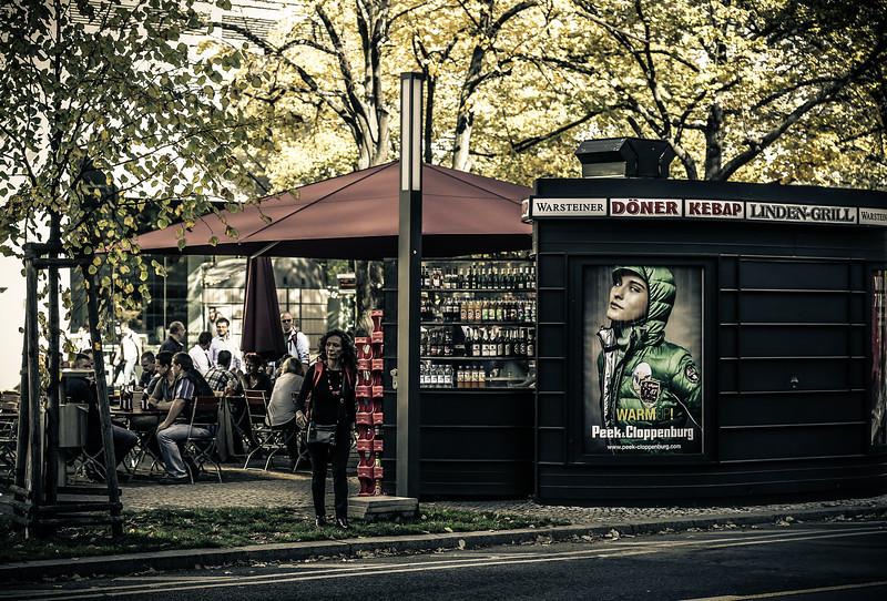 Unter den Linden Strasse, Berlim, 2012