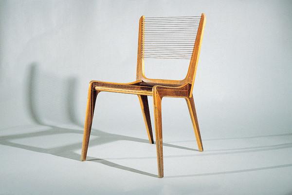 La Chaise, un objet de design ou d'architecture?_ 8586