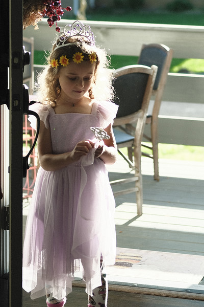 portraits of willow - dress-up with flower hairband