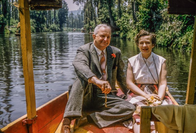 1958 Xochimilco (DF, Mexico) Mary Francis and HF Baral