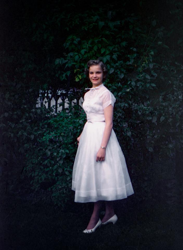 1956 (est) Evelyn