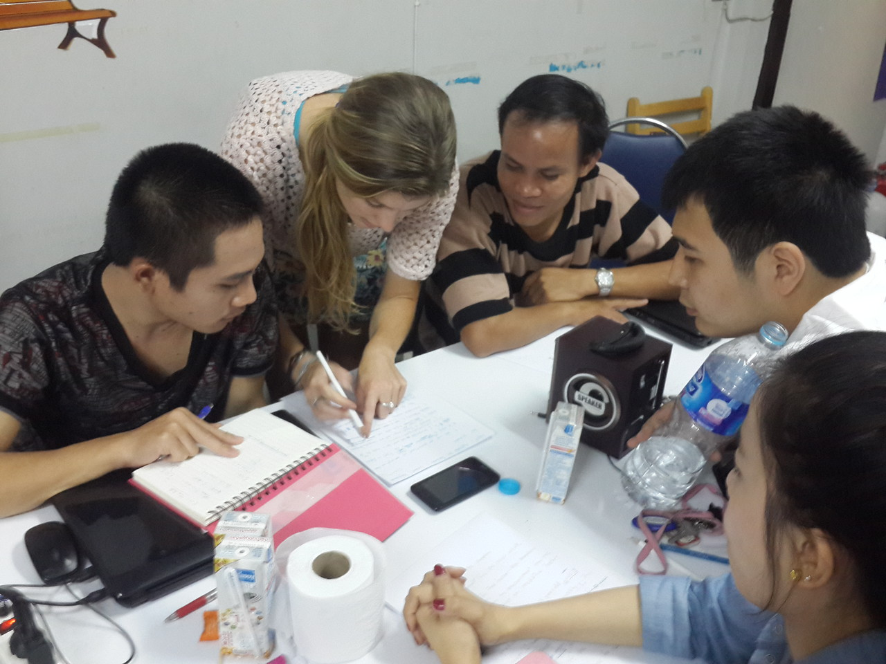 English lesson taught interactively by international intern and staff.
