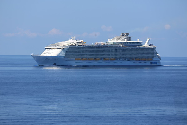 Extraordinary Cruise (Ship Spotting)
