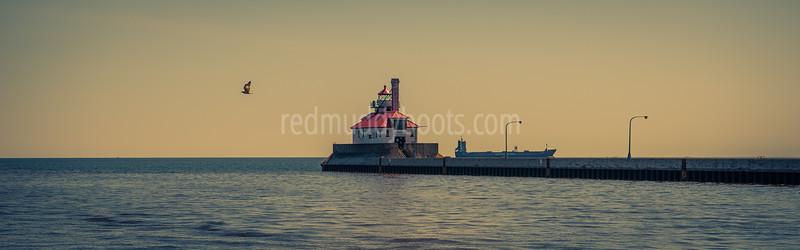 South Pier Lighthouse