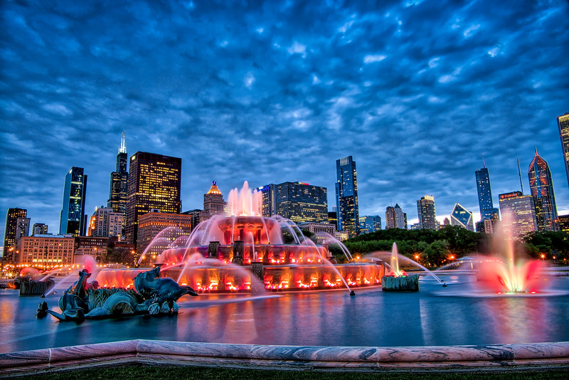 Skyline Campfire - Buckingham Fountain at Dusk