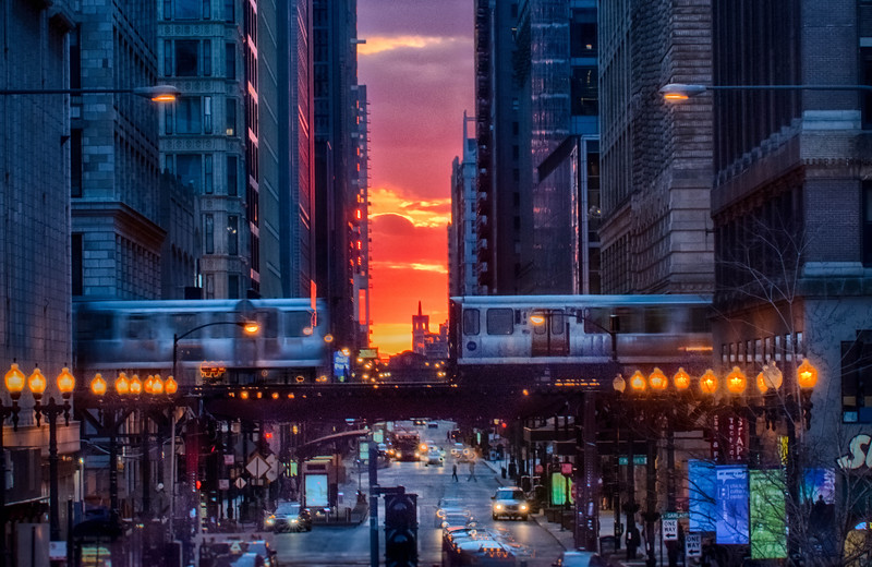 Chicago Henge - Trains That Pass in The Night