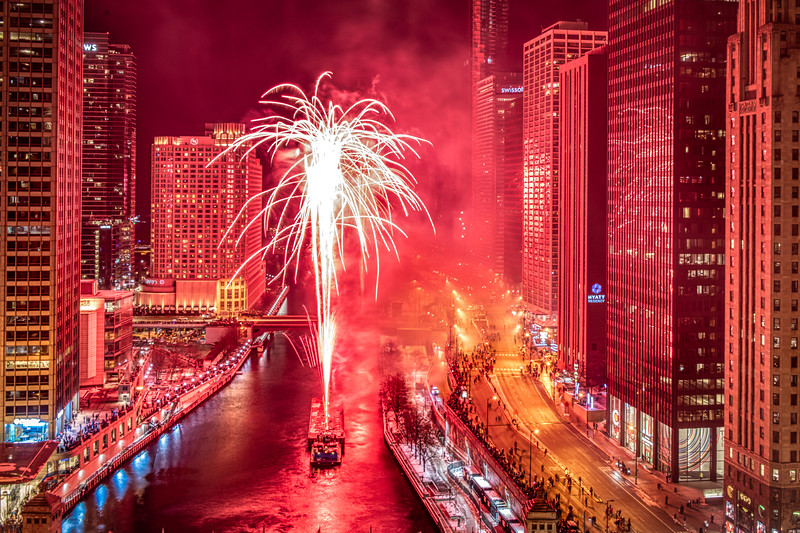 New Year's Eve Fireworks on the Chicago River: Red Take