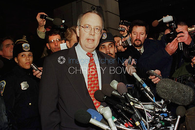 Kenneth Starr holds a press conference prior to President Clinton's impeachment by the House of Representatives.